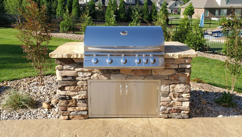 built in grills / outdoor kitchen installation evansville Indiana