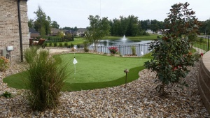 Synthetic Turf putting greens installation